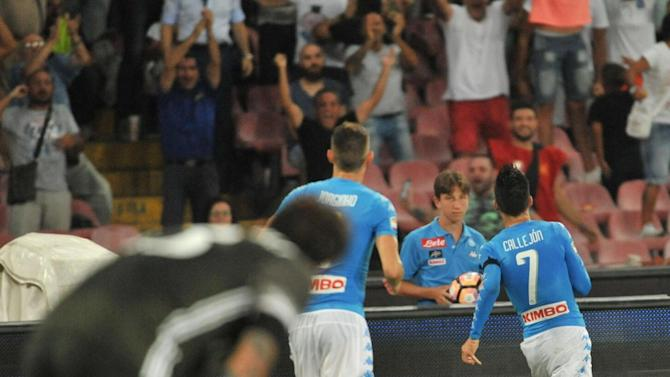 Mertens and Milik inspire Napoli to AC Milan victory