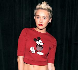 "Miley Cyrus Pot-Smoking Picture? ""I Don't Have Instagram!"""