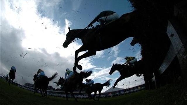 Horse Racing - How to pick the Grand National winner