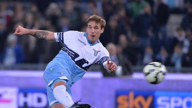 Lazio midfielder linked to AC Milan move