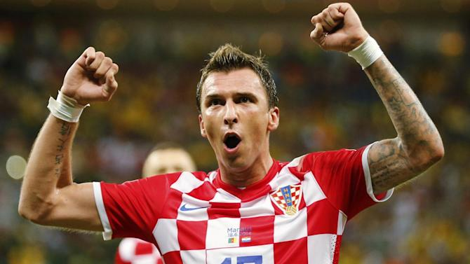 Bundesliga - Bayern confirm Mandzukic agreement with Atletico