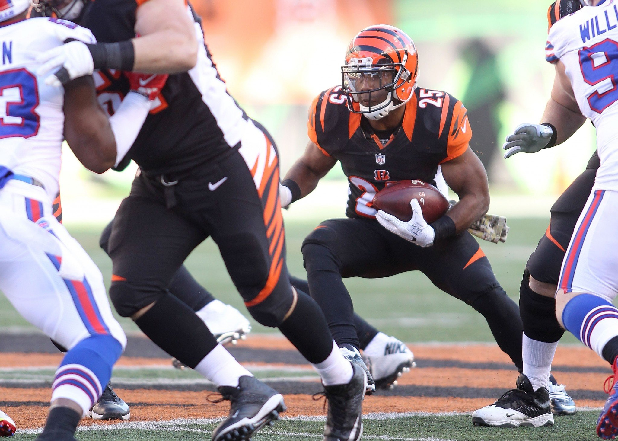 The Cincinnati Bengals might have lost running back Giovani Bernard to a torn ACL in Sunday's loss. (Getty Images)