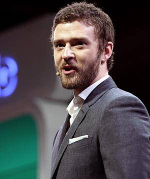 PIC: Newly Engaged Justin Timberlake Steps Out With a Beard