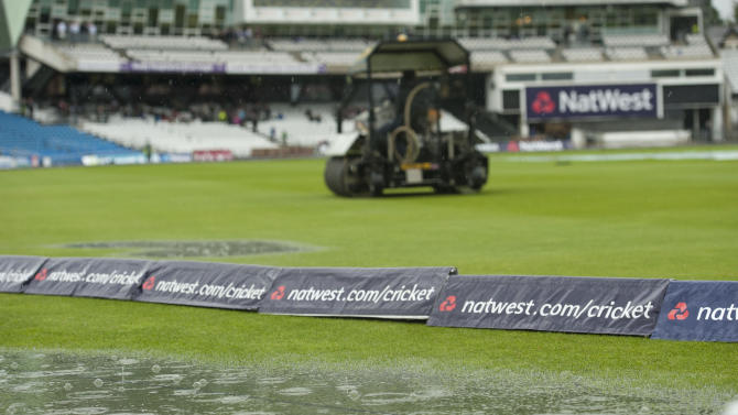 Cricket - Natwest One Day International Series - First One Day International - England vAustralia - Headingley