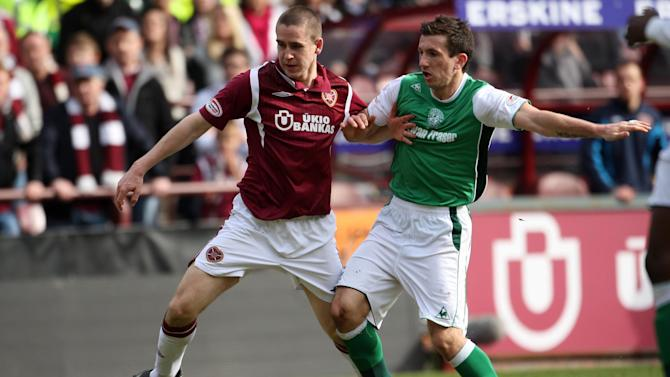 Gary Glen has joined Ross County from Hearts