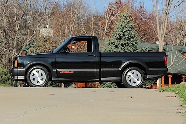 1991 GMC Syclone fastest pickup photo