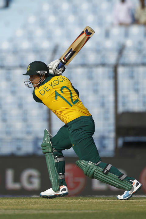 South Africa's Quinton de Kock plays a shot during their ICC Twenty20 Cricket World Cup match against New Zealand in Chittagong, Bangladesh, Monday, March 24, 2014. (AP Photo/A.M. Ahad)