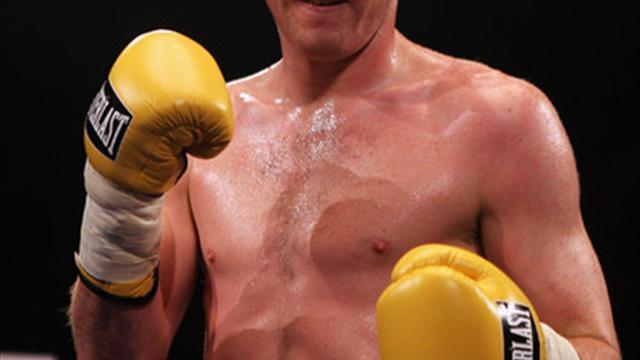 Boxing - Beefy performances from Smith and Ormond in Liverpool