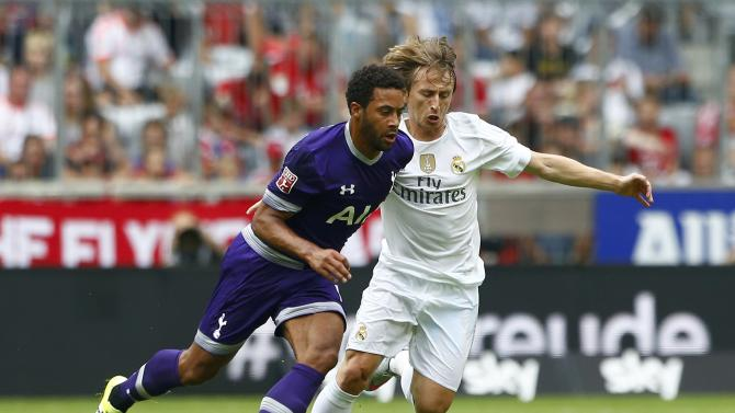 Tottenham Hotspur's Dembele fights for the ball with Real Madrid's Modric during their pre-season Audi Cup tournament soccer match in Munich