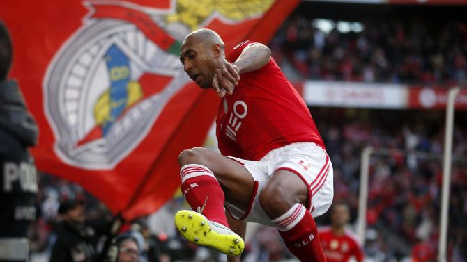 Benfica's Luisao celebrates his goal against Estoril during their Portuguese premier league soccer match at Luz stadium in Lisbon
