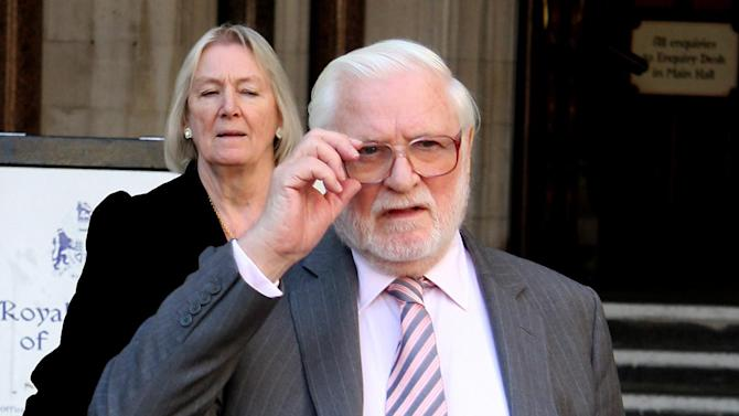 Ken Bates says the drawn-out takeover of Leeds is not his fault