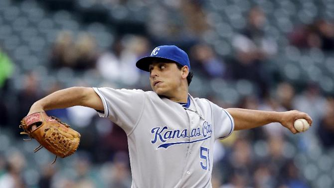 Royals get 16 singles in 6-1 win over Seattle