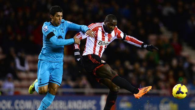 Premier League - O'Shea own goal gifts Spurs victory at Sunderland