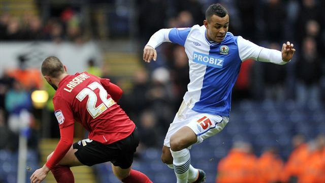 Championship - King completes Blackburn move