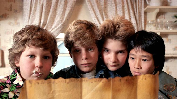 Jeff Cohen Sean Astin Corey Feldman Ke Huy Quan The Goonies Production Stills Warner Bros. 1985