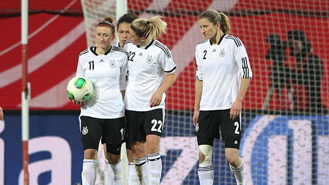 Germany v USA - Women's International Friendly