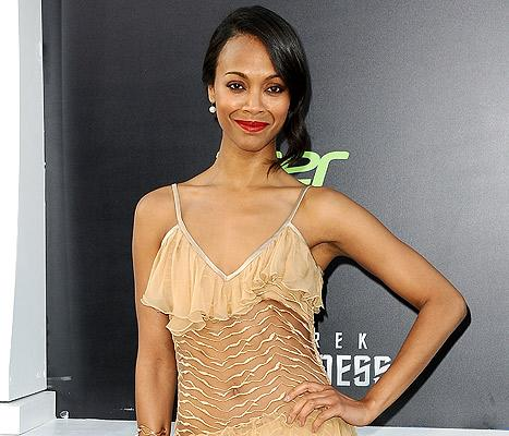 Zoe Saldana Makes Out With New Man at Star Trek After-Party