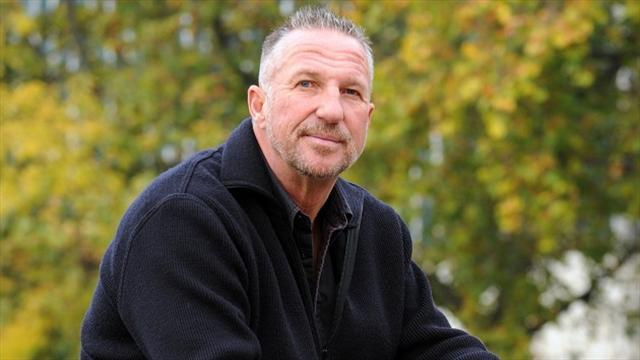 Cricket - Cricket stars to join Botham in 160km charity walk