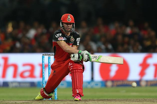 Cricket: 'Superman' de Villiers steers Bangalore into IPL final