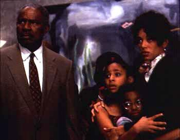 Ossie Davis , Raven Symone , Kyla Pratt and Kristen Wilson in 20th Century Fox's Dr Dolittle