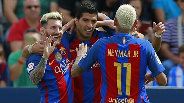 Messi, Neymar and Suarez given three-day break by Barcelona