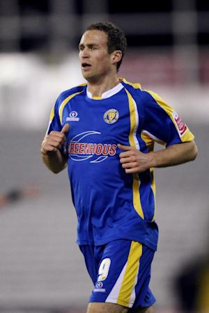 Dave Hibbert fractured a kneecap in November 2010 followed by knee ligament damage