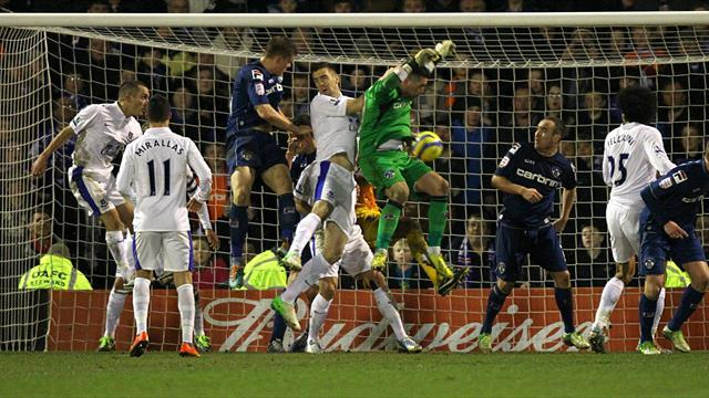 FA Cup - Last-gasp Smith earns Oldham replay at Everton