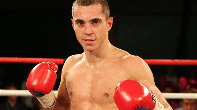 Boxing - Quigg to face Argentine Diego Silva on Froch-Groves undercard
