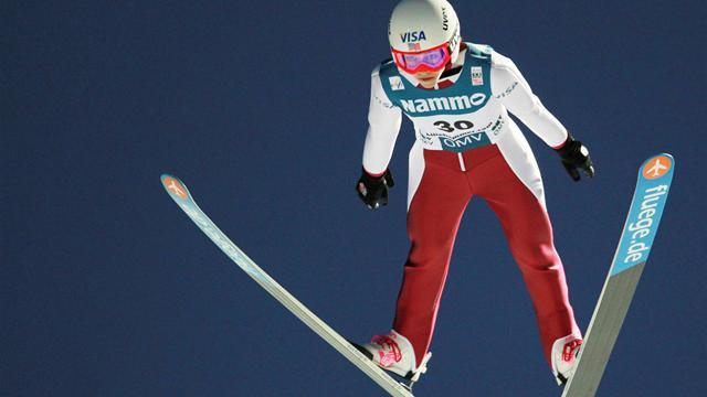 Ski Jumping - Hendrickson takes women's gold, Hilde tops men's qualifying