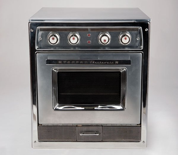 First Countertop Microwave : Oct. 25: The first home microwave ovens were sold on this day in 1955 ...