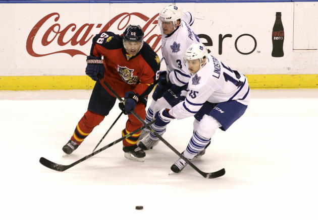 Maple Leafs earn 3-2 win after both Panthers goalies injured