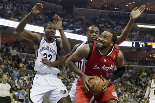 Grizzlies beat Clippers 104-83, tie series at 2