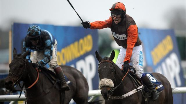 Horse Racing - Long Run could target historic double at Aintree
