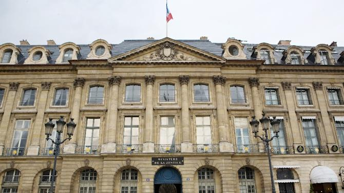 A picture taken on March 25, 2010 shows the entrance of the Justice ministry in Paris