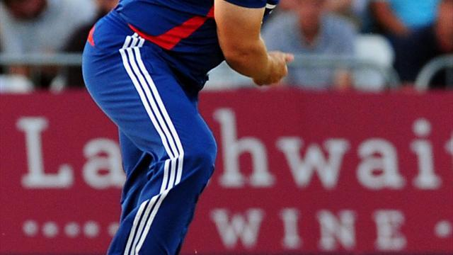 Cricket - Tredwell calls for big improvement