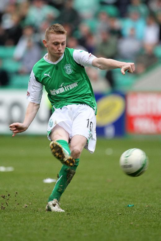 Former Hibernian striker Derek Riordan is on trial at MK Dons