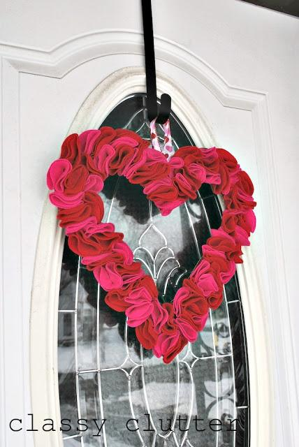 Heart Valentines Wreath