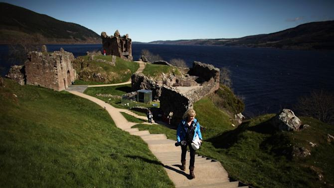 Travel New Year Scotland Loch Ness