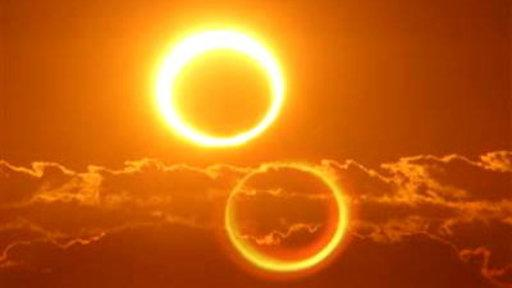 Spectacular Photos Capture Sun Eclipse