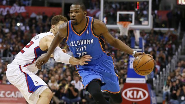 Basketball - Dominant Durant lifts Thunder over Clippers
