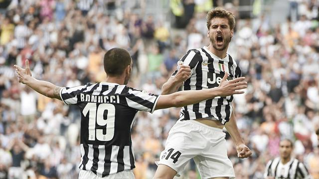 Serie A - History-making Juventus break 100-points barrier