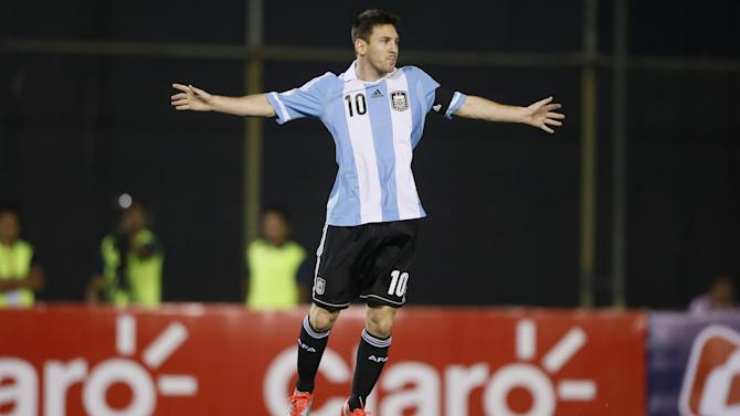 World Cup - Messi: I was asked to play for Spain