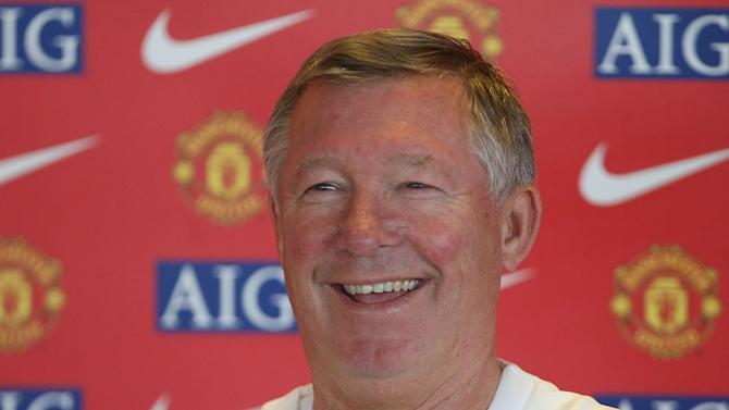 Manchester United Press Conference and Training Session