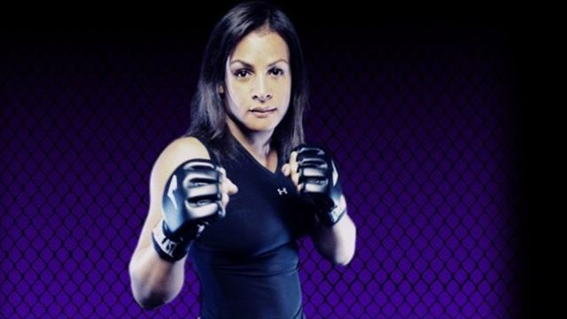 Mixed Martial Arts - Transgender MMA star Fox suffers first defeat