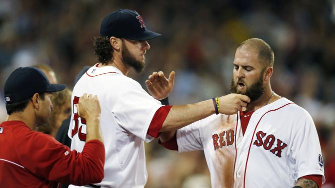 Peavy helps Red Sox to 7-2 win over White Sox