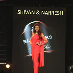 Hot Or Not: Sushmita Sen Sizzles On The Ramp For Blenders Pride Fashion