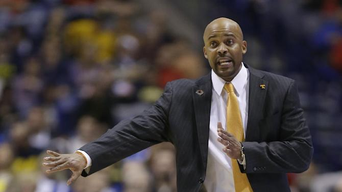 Cal hires Tennessee's Cuonzo Martin as coach