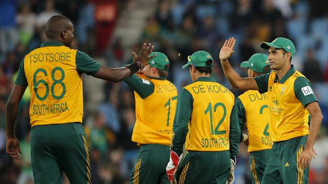 Cricket - South Africa survive Dutch scare to claim nervy win