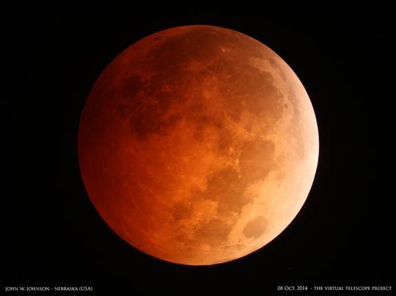'Blood Moon' Photos: Total Lunar Eclipse Thrills Skywatchers