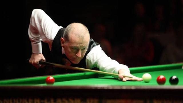 Snooker - Davis' World Championship hopes ended by Steadman